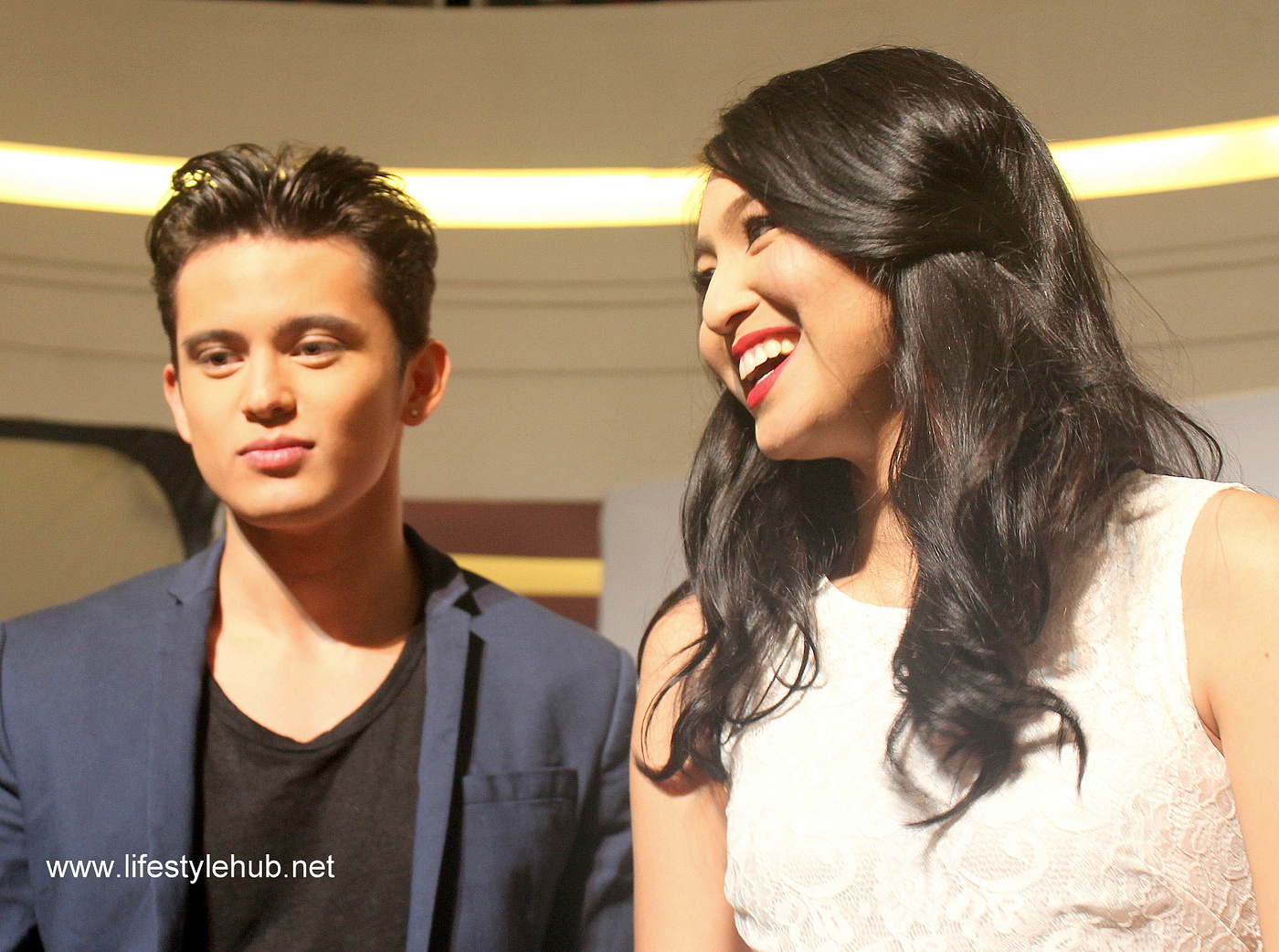 James Reid and Nadine Lustre kiss