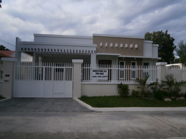 SOLD! House Angeles City Caramenville Ref# 0000635