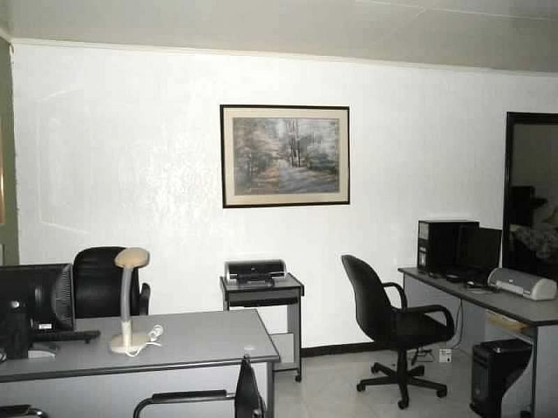 Commercial Space Office for rent Angeles City near Friendship Hi-way Ref# 0000648