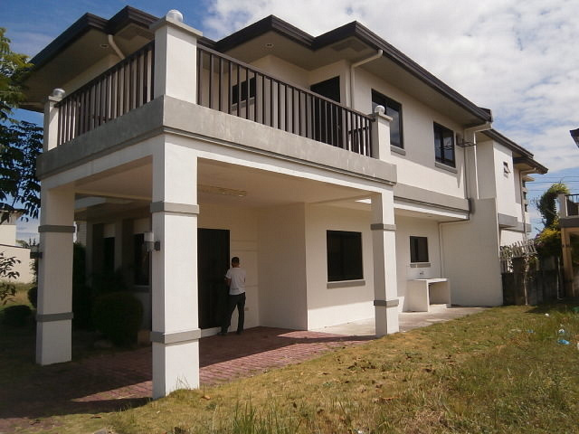 House for sale Dau NLEX Clark Manor Mabalacat Pampanga Ref# 0000650