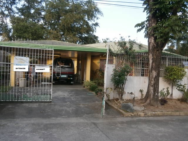 house for sale angeles carmenville