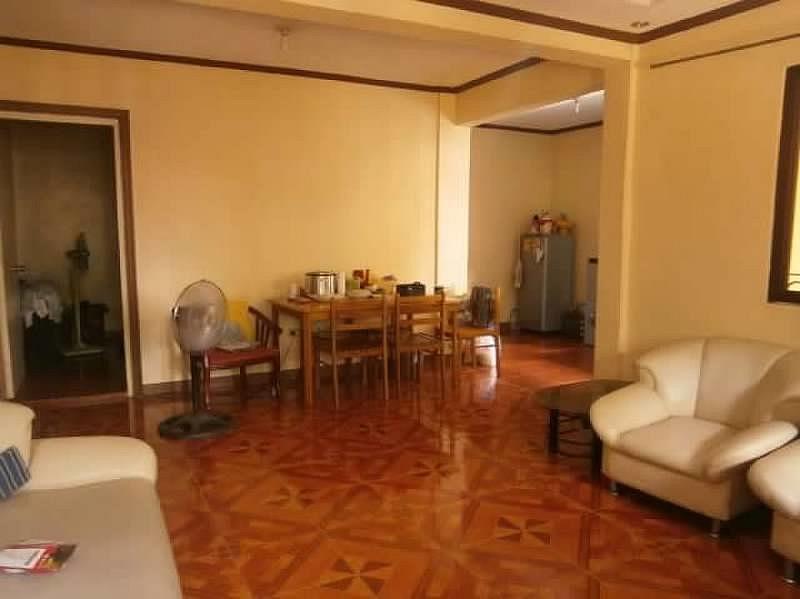 House for Sale Dau