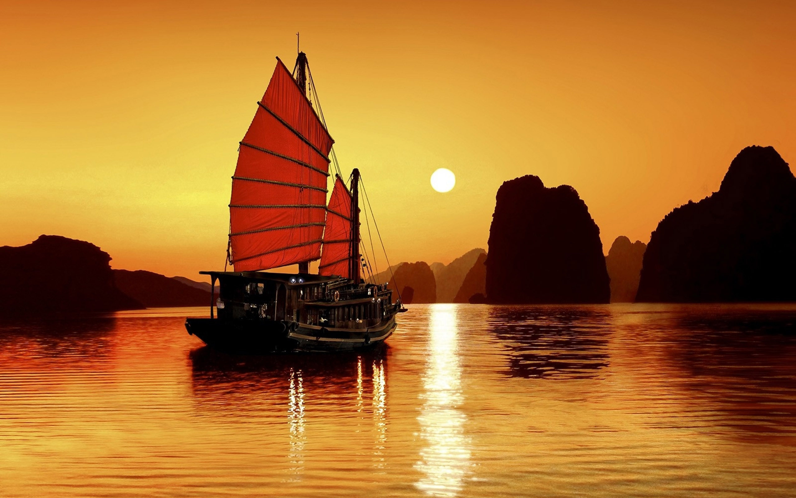 Halong Bay group tours