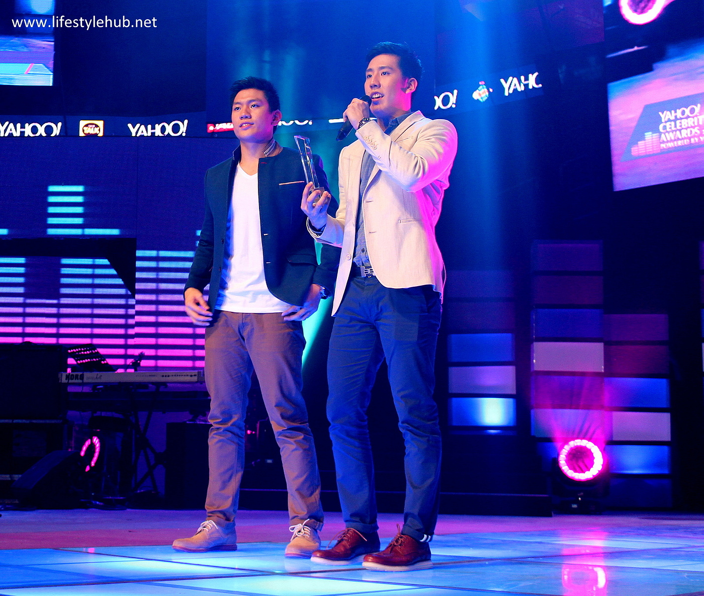 jeric and jeron teng male hotlethe yahoo awards