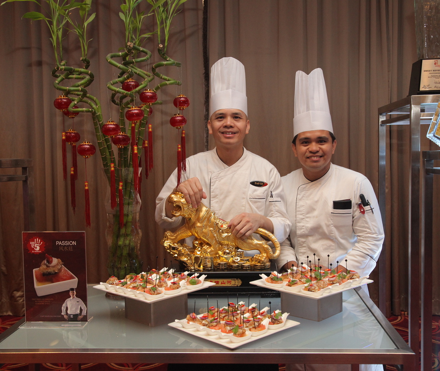 resorts world manila give me 5 anniversary celebration